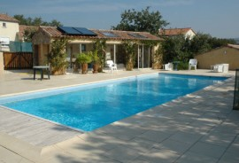 Poolhouse solaire Labeaume