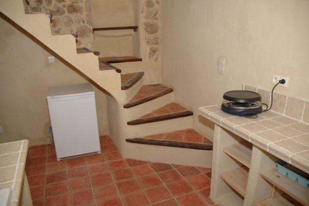 construction escalier ancien. Black Bedroom Furniture Sets. Home Design Ideas