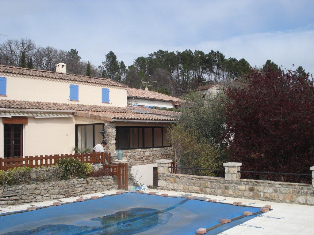 Vinezac Mur piscine et poolhouse 7