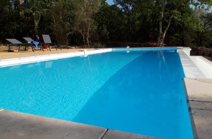 Margelles piscines en travertin