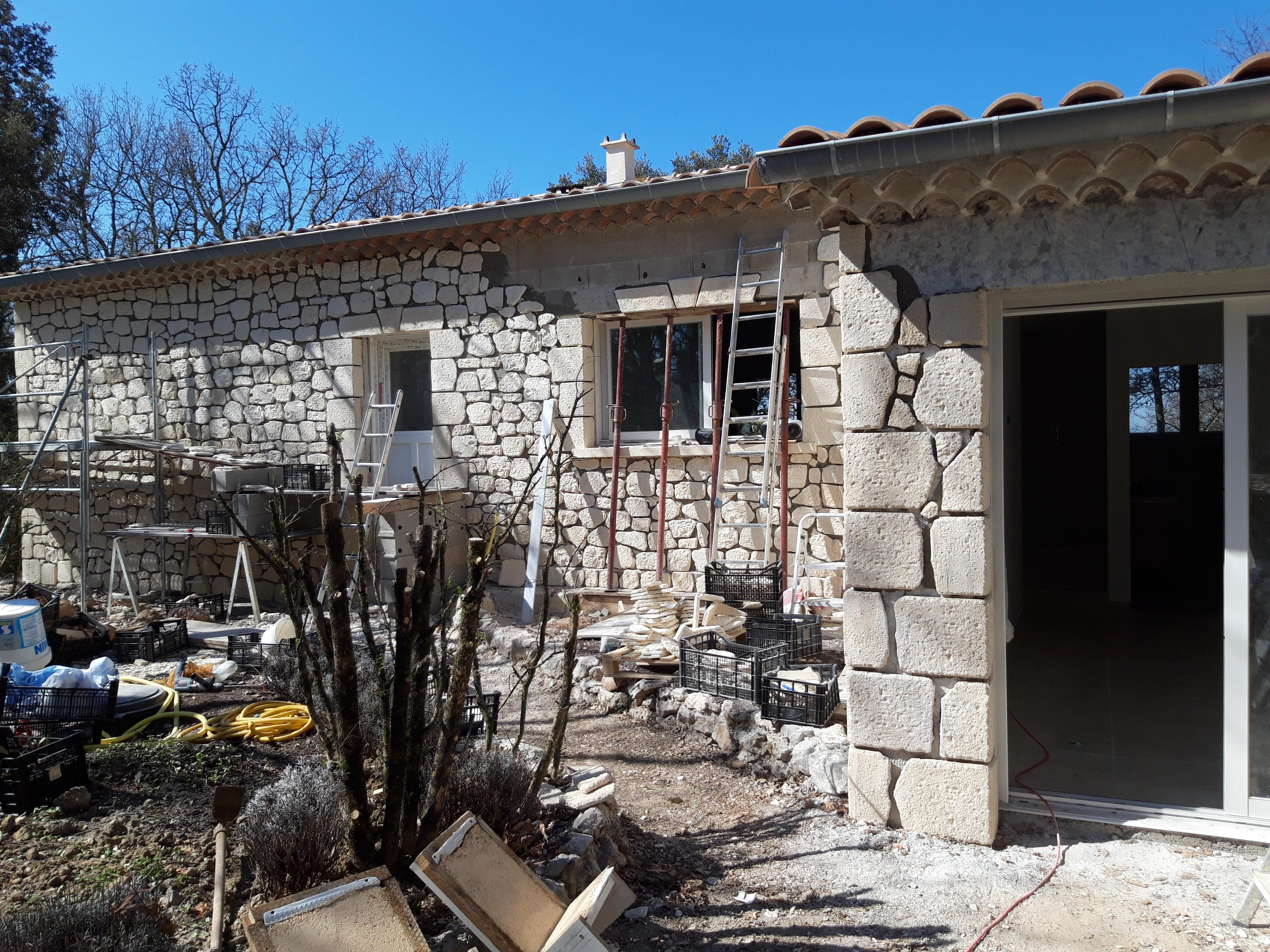 Parement façade pierre reconstituée (10)