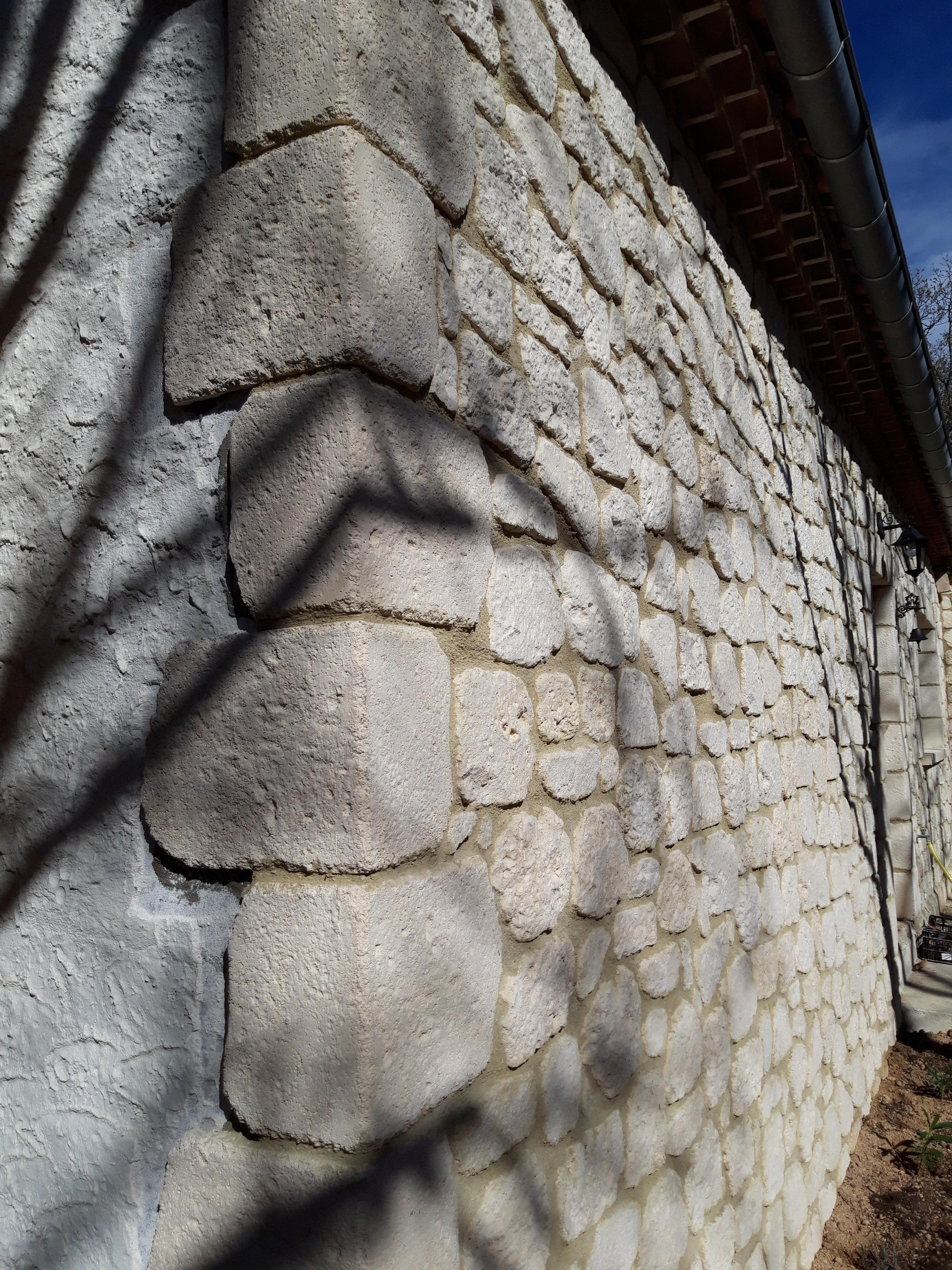 Parement façade pierre reconstituée (12)