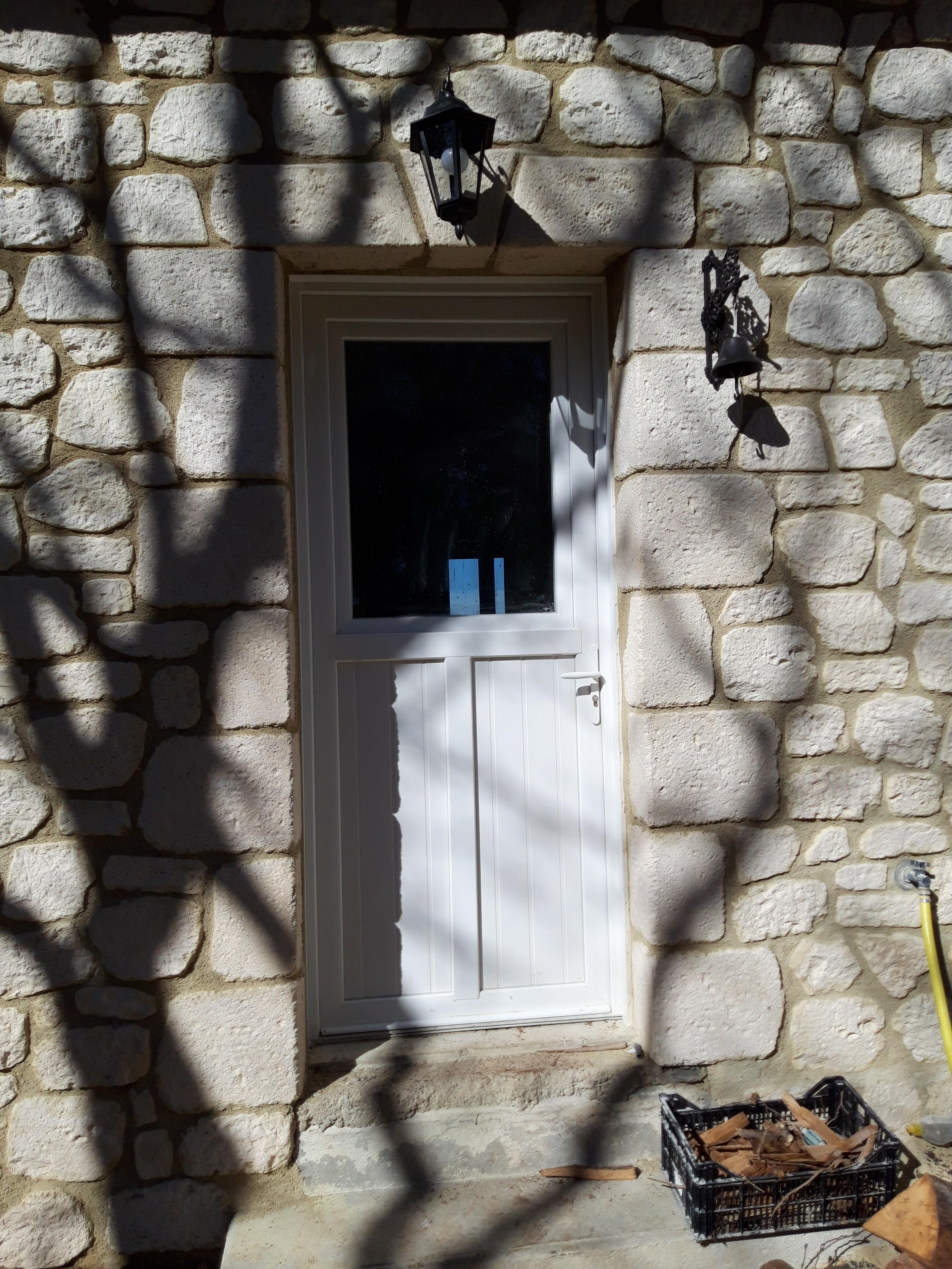 Parement façade pierre reconstituée (14)