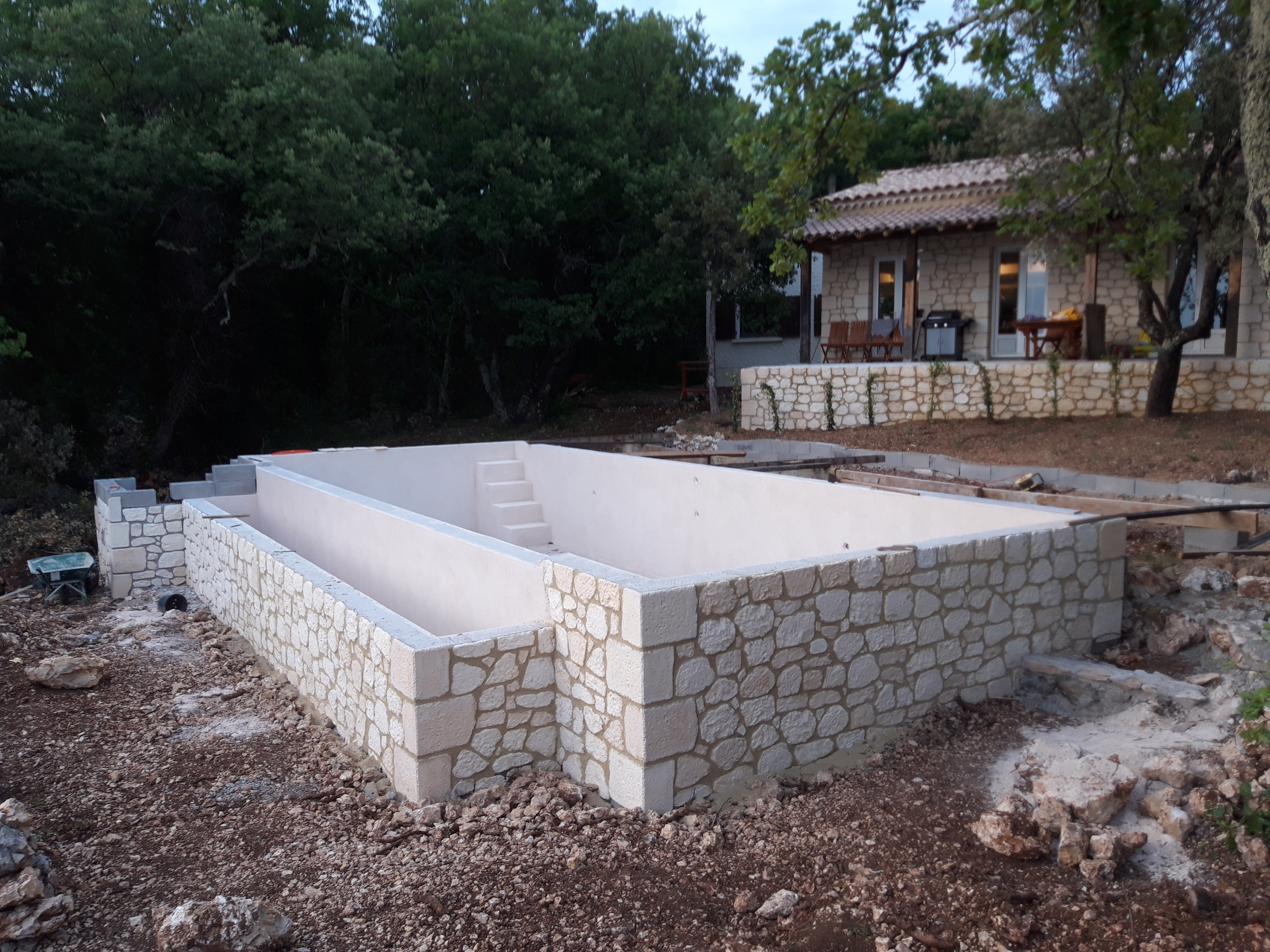 Pierre reconstituée piscine (6)